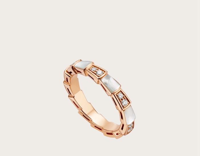 宝格丽蛇形戒指多少钱,宝格丽蛇戒指价格,狂野的无限魅力