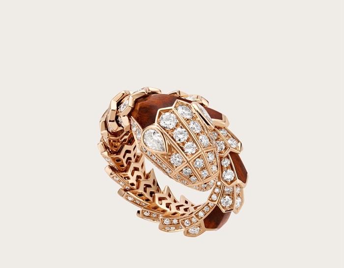 宝格丽serpenti系列蛇形戒指,宝格丽戒指在哪里买,绽放出了永恒的魅力
